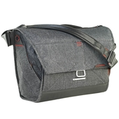 Peak Design Everyday Messenger Bag 15 V2 Charcoal
