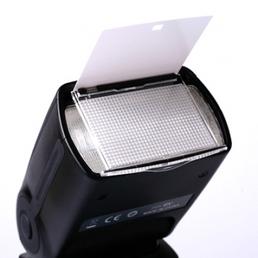 Yongnuo Blitzgerät Speedlite YN560-III mit integriertem Funk-Empfänger für Canon, Nikon und Standardblitzschuh, manuell, slavefähig